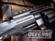 Bildresultat för smith and wesson performance center 357 Magnum, Smith N Wesson, Personal Defense, Home Defense, Guns And Ammo, James Bond, Will Smith, Firearms, Hand Guns