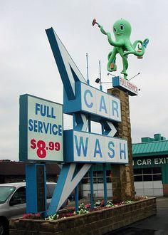 Octopus Car Wash, Rockford, Illinois