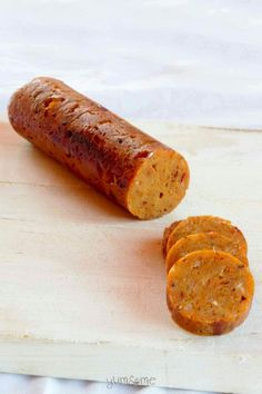 These vegan sausages are moist, firm, and tremendously full of flavour; they really are better than anything you can buy in the shops! Perfect as a treat in packed lunch boxes! Vegan Recipes Easy, Whole Food Recipes, Vegetarian Recipes, Cooking Recipes, Lunch Recipes, Tempeh, Tofu, Vegan Sausage Recipe, Sausage Recipes