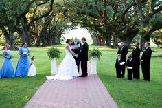 Wedding Day Ideas at Oak Alley Plantantion  Photo by Crystal Abadie Photography  www.crystalabadie.com  337.591.2232
