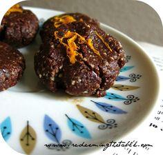 Raw Chocolate Hazelnut Cookies w/Orange Zest #vegan #paleo #nobake