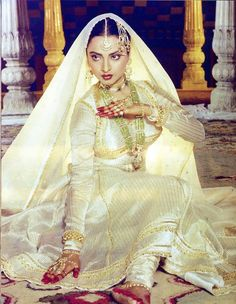 Happy Birthday Rekha!    She is the divine diva of Bollywood! Her mystifying beauty has mesmerized everyone over the years. The cheerful girl of Khoobsoorat to the dazzling actress of Silsila, she has performed each of her roles with élan and poise. Her sophisticated and classy selection of Kanjeevaram sarees and chunky jewelry make her the ultimate glamour queen. Here's Utsav Fashion wishing Rekha a very Happy Birthday.