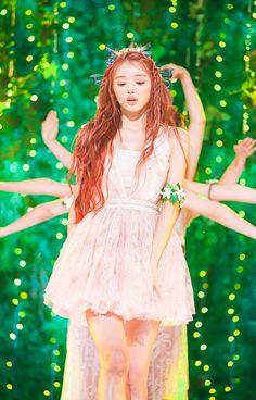 Kpop Fashion, Kawaii Fashion, Girl Fashion, Girly Outfits, Cute Casual Outfits, Oh My Girl Yooa, Girls Season, Stage Outfits, Girl Next Door