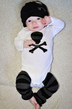 Baby Boy onesie, hat, & leg warmers...I want this for colt waylon!!