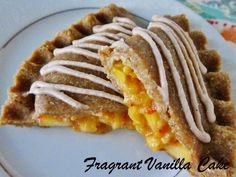 Fragrant Vanilla Cake: Raw Ginger Peach Hand Pies