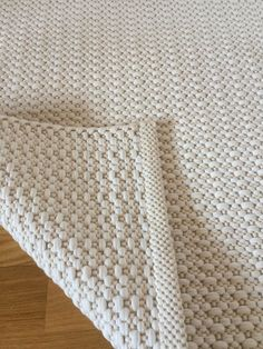 Ivory white rug handmade on the loom. Grey And Beige, Ivory White, White Cotton, Handmade Rugs, Handmade Items, White Rug, Floor Rugs, Minimalist Design, Loom