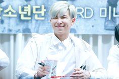 [Picture/Fansitesnap] BTS Fansigning 3rd mini album 화양연화 pt.1 at Busan [150525]   btsdiary