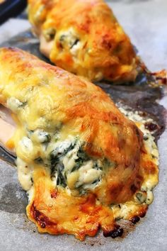 Hasselback csirkemell GmLm - VIDEÓVAL! - GastroHobbi Meat Recipes For Dinner, Gourmet Recipes, Real Food Recipes, Chicken Recipes, Cooking Recipes, Yummy Food, Healthy Cooking, Healthy Snacks, Healthy Recipes