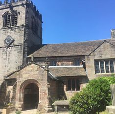Absolute beauty of a church to set up today   #cheshirewedding #derbyshireflorist #alderleyedge #alderleyedgecheshire #beautufulday #weddingflowers