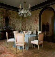 Love the chandelier! Style doyenne Ann Getty throws open the doors to her treasure-filled San Francisco house....