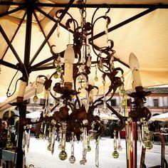 Shabby decor #shabbychic #mercatino #lampadario