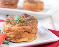 Petits flans de chou-fleur aux graines de moutarde : http://www.fourchette-et-bikini.fr/recettes/recettes-minceur/petits-flans-de-chou-fleur-aux-graines-de-moutarde.html
