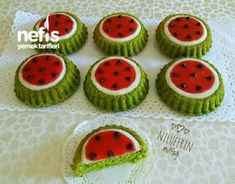 Wassermelone geformte Mini Tart Muffins – mein köstliches Essen - My CMS Diabetic Desserts, Fun Desserts, Cap Cake, Cake Recipes, Dessert Recipes, Cake Works, Sweet Cookies, Food Decoration, Food Humor