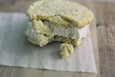 The Vanilla Bean Blog | toasted sesame ice cream sandwich cookies with no-churn chinese 5-spice coconut milk ice cream
