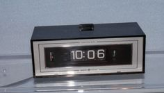 Vintage GE General Electric Mid Century Digital Clock, Rotating Numbers, Works