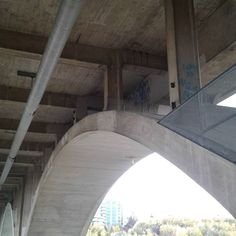 If only I could climb in there... Should I try?  #graffiti #graffitiart #graff #Saskatoon #saskatchewan #broadway #bridge