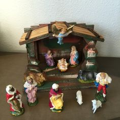 Vintage Nativity Set with Creche 12 Figures Chalkware Made in Italy by RetroResaleSanDiego on Etsy