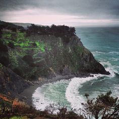 #BigSur #California #waves hitting the #beach