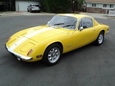 Learn more about Spyder Chassis & Fresh Engine: 1971 Lotus Elan on Bring a Trailer, the home of the best vintage and classic cars online. Classic European Cars, Old Classic Cars, Classic Cars Online, Lotus Sports Car, Classic Aston Martin, Bristol Cars, Lotus Elan, Yellow Car, Sport Cars