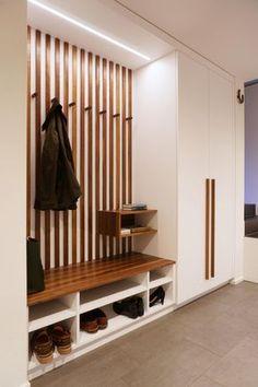 Foyer Design, Hallway Designs, Home Room Design, Interior Design Living Room, Home Entrance Decor, House Entrance, House Rooms, Mudroom, Home Deco