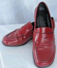 8d832966de DONALD J PLINER Women s Shoe Size 6.5M-Red-Style