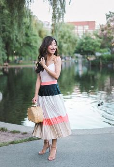 What to wear to a summer cocktail party // pleated midi dress outfit by extra petite blog