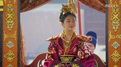 Baek Jin Hee, Empress Ki, Ha Ji Won, Traditional Outfits, Cute Wallpapers, Princess Zelda, Wonder Woman, Costumes, Superhero
