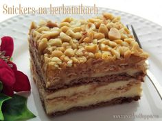 Trzeci talerz: Ciasto snickers na herbatnikach Food Cakes, Tiramisu, Cake Recipes, Ale, Cooking Recipes, Sweets, Ethnic Recipes, Impreza, Lion