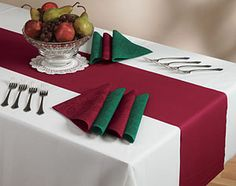 Disposable Paper Table Runners - Burgundy Linen Like | My Paper Shop