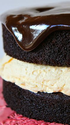 Buckeye Biscoff Cake Recipe ~ The chocolate cake recipe is magnificent and the Biscoff filling… that filling is what dreams are made of.