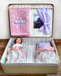 Домик в жестяной коробке для куколки Евы / Мини-куклы: Ева, Келли, Полинки, Ddung и другие / Бэйбики. Куклы фото. Одежда для кукол