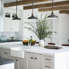 Ok ok this might be the new 'one' 👀 dream kitchen 🌿who's with me!? 📸 by @kellynuttdesign • • • • • #dreamkitchen #kitchendesign #kitchendecor #kitcheninspo #kitchenideas #marble #beams #housedecor #house #homedecor #home #housebeautiful #cottagelife #countrystyle #woodenhouse #houseplant #interior #interiors #interiordesign #lifestyle #lifestyleblogger #lbloggers