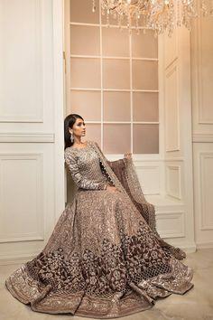 Maria B Bridal 2017 - Original Online Shopping Store Whatsapp: 00923452355358 Website: www. Asian Bridal Dresses, Pakistani Wedding Outfits, Pakistani Bridal Dresses, Pakistani Wedding Dresses, Bridal Outfits, Bridal Lehenga, Indian Dresses, Indian Outfits, Asian Wedding Dress