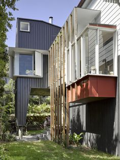 Image 5 of 25 from gallery of Harriet House / Bligh Graham Architects. Photograph by Christopher Frederick Jones Brisbane Architects, Extension Designs, Ground Floor Plan, Garden Spaces, Maine House, Residential Architecture, Cladding, Graham, Cottage