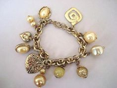 verkopers.marktplaats.nl/7443487 #Vintage 60s #bedelarmband #bedel #armband goud klr. #bedels