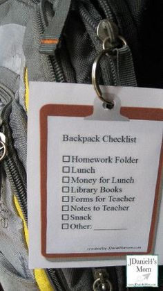 Checklist for Kids Backpacks- mommy might need one for her purse :-)