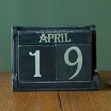 Vintage Style Wood Block Perpetual Calendar Primitive Country Desktop
