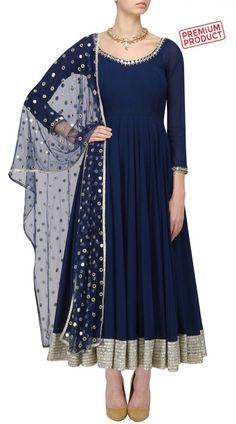 Salwar Kameez: Indian Salwar Suits Casual & Party Wear Attire Elegant Indian salwar kameez Click Visit link for Party Wear Indian Dresses, Indian Gowns Dresses, Dress Indian Style, Pakistani Dresses, Salwar Suits Party Wear, Party Wear Kurtis, Dress Party, Churidar Designs, Kurta Designs Women