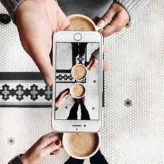 Find images and videos about photography, coffee and iphone on We Heart It - the app to get lost in what you love. Coffee Shot, Coffee Date, Coffee Coffee, Espresso Coffee, Coffee Humor, Coffee Drinks, Coffee Logo, Coffee Menu, Coffee Plant