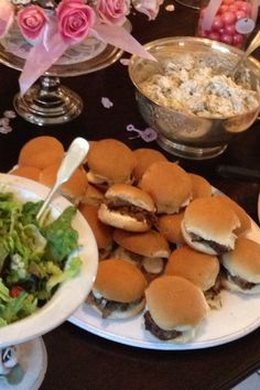 Filet mignon  sliders with horseradish mayo and mustard  aioli, they were  delicious!!!