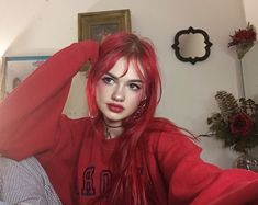 Image about girl in ❤ Hair ❤ by Someone on We Heart It Hair Color Purple, Hair Dye Colors, Pink Hair, Bright Red Hair, Red Hair Inspo, Dying My Hair, Cut My Hair, Aesthetic Hair, Grunge Hair