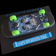 skateboard cake - skull grafitti design - That's My Cake