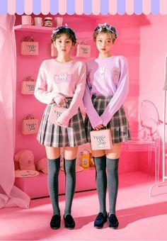 chuu_츄 - 츄(chuu) Ulzzang Fashion, Ulzzang Girl, Korean Fashion, Fashion Poses, Girl Fashion, Fashion Outfits, Fashion Design, Cold Weather Fashion, Cute Poses