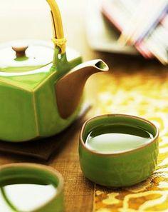 Le thé vert, riche en polyphénols, est à la fois anti-oxydant…