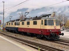 Swiss Railways, Train, Locomotive, Zug, Strollers