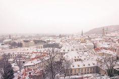 Vue de Prague en hiver Horizon Paris, Blog Voyage, Paris Skyline, Travel, Visit Prague, Winter, Viajes, Destinations, Traveling