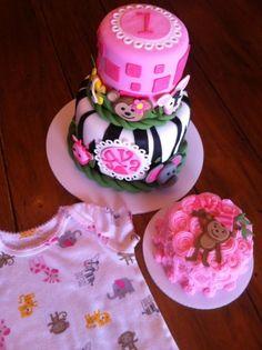 Fun 1st birthday cake and smash cake!  Love the smash cake, especially!