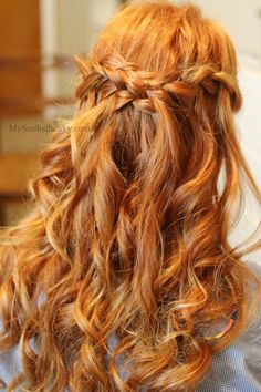 This waterfall braid is so pretty!