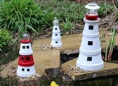 Leuchttürme in verschiedenen Größen für die Gartendeko selber bauen