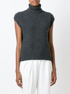свитер c V-образным вырезом